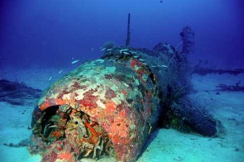 Avión hundido en islas Salomon