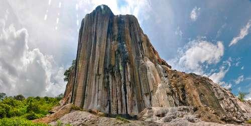Hierve el Agua en México, unas cascadas muy singulares