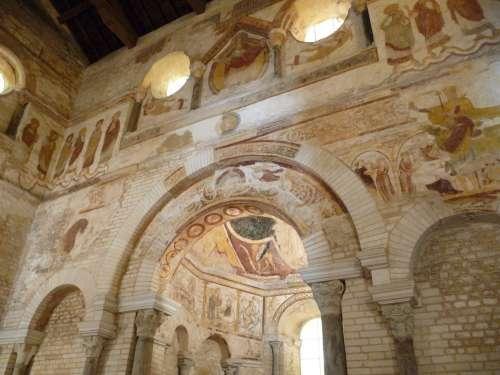 Baptisterio de San Juan en Poitiers
