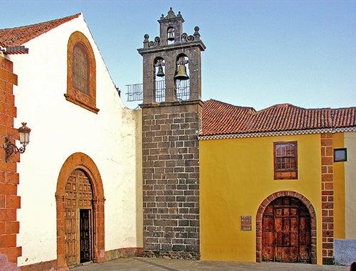 Santo Domingo deGuzmán en La Laguna