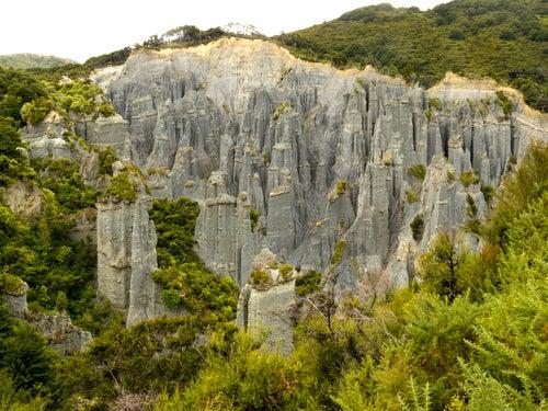 Pináculos de Putangirua en Nueva Zelanda