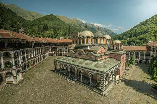 El monasterio de Rila en Bulgaria, lugar de peregrinación