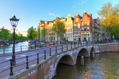 Paseando por el barrio de Jordaan en Ámsterdam