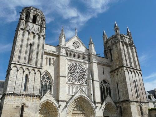 Iglesia de St. Pierre en Poitiers