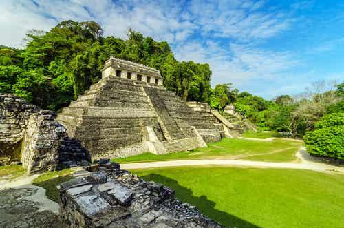 La zona arqueológica de Palenque en México