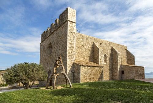 Iglesia de San Martín de Ampurias