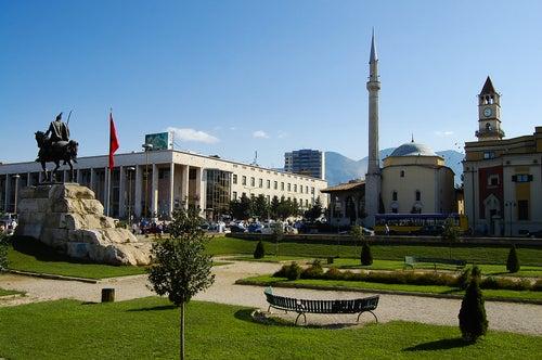 Lugares que hay que visitar en Tirana
