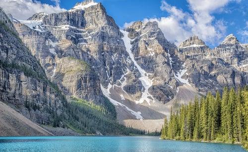 Ten Peaks en Canadá