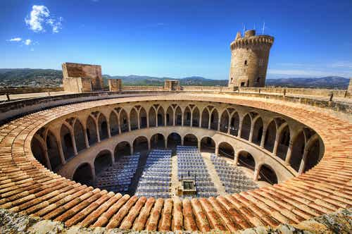 El castillo de Bellver, un lugar mágico en Mallorca
