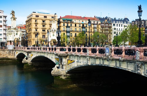 Puente de María Cristina en San Sebastián