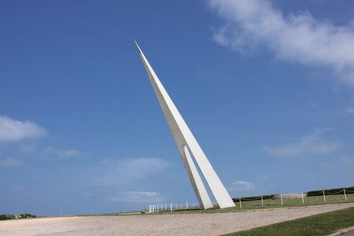 Monumento Nungesser y Coli en Étrerat