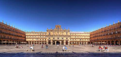 La monumental Plaza Mayor de Salamanca