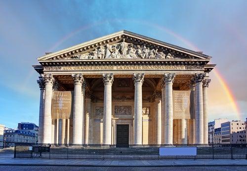 Fachada del Panteón de París