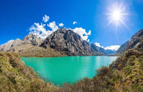 Los espectaculares paisajes de Llanganuco en Perú