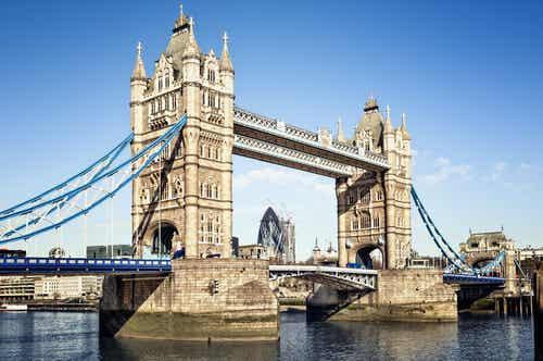 Tower Bridge en Londres, una bella obra de ingeniería