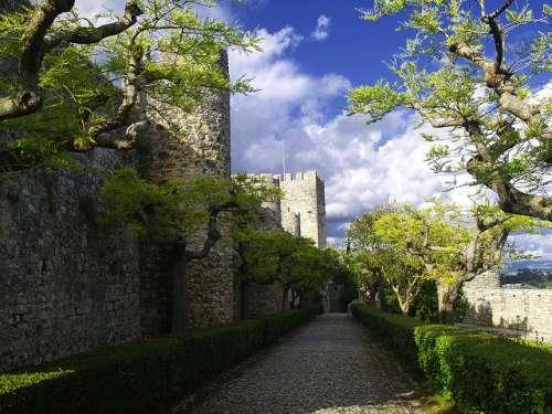 El castillo de Montemor-o-Velho, una joya portuguesa