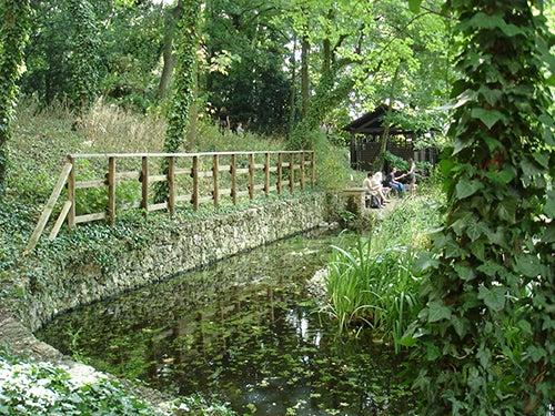 Jardin Suvage Saint Vincent en París