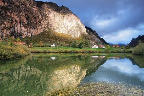 El Parque Natural de Somiedo en Asturias, naturaleza pura