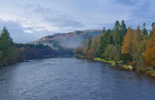 Río Tay en Escocia