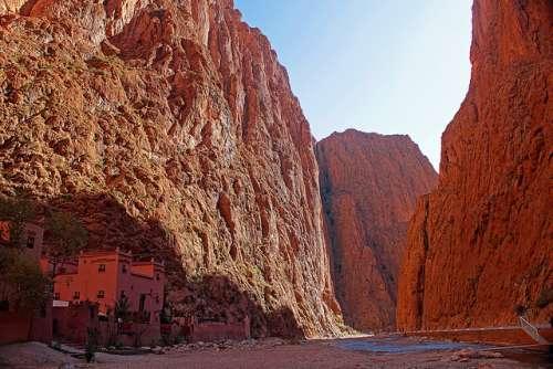 Las gargantas del Todra en Marruecos, solo para aventureros