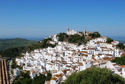 Casares en Málaga, un hermoso pueblo blanco