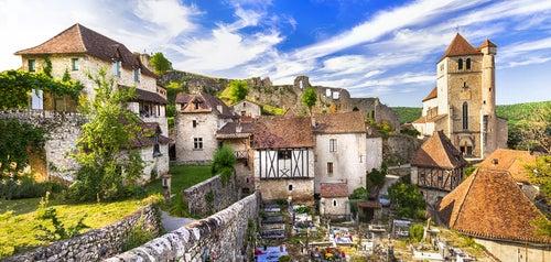 Saint-Cirq Lapopie en el valle del Lot