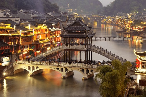 Recorremos Fenghuang, la Venecia China