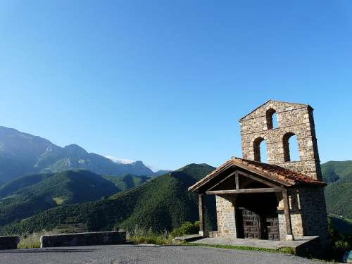 Ermita de San Miguel en Liébana