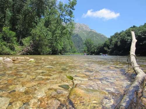 Descensos de ríos por España ¡Toda una aventura!