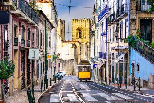Recorremos las 8 calles más bonitas de Lisboa