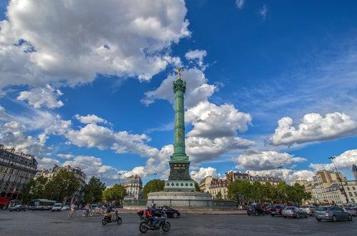 Plaza de La Bastilla en París