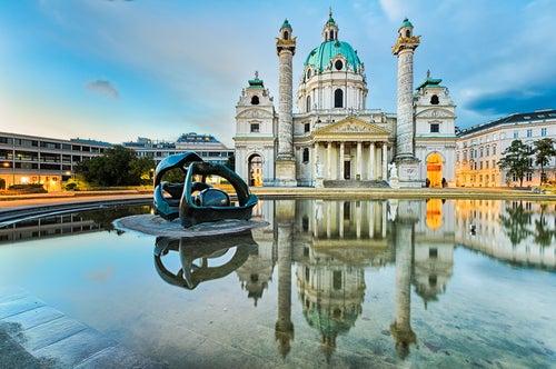 Karlskirche en Viena
