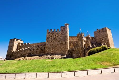 Visitamos 8 magníficos castillos templarios en España