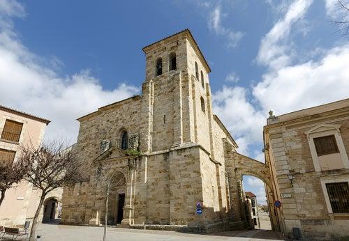 Iglesia de San Pedro y San Ildefonso en Zamora