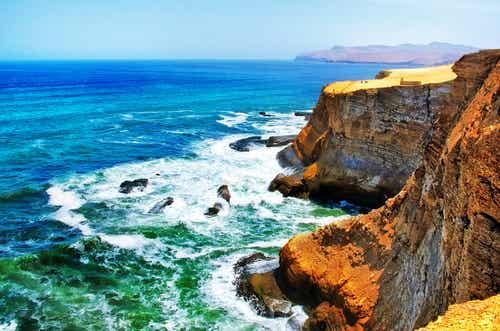La costa peruana de Pisco y sus atractivos