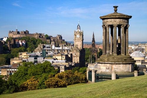 Te ayudamos con estos 30 sitios que visitar en Edimburgo