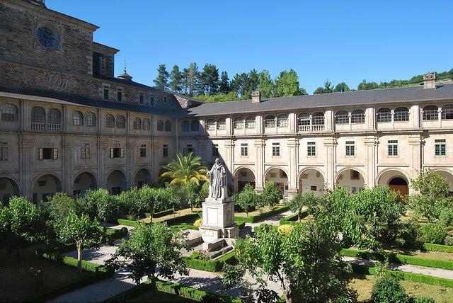 Clustro Grande del Monasterio de Samos