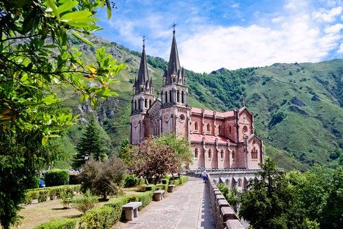 Covadonga en el este de Asturias