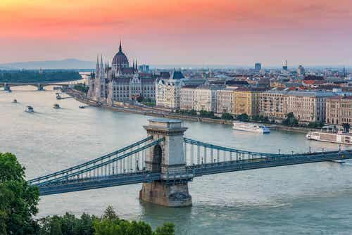 Conoce los mejores tours por Budapest