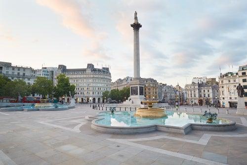 Trafalgar Square, zona para alojarse en Londres