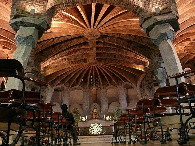 Cripta de Gaudí en la Colonia Güell