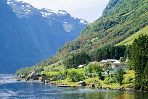 Gudvagen en Noruega