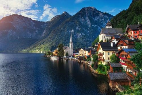 Austria cuenta con el pueblo más impresionante: Hallstatt