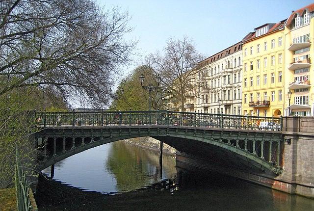 Puenta Admiral en Berlín
