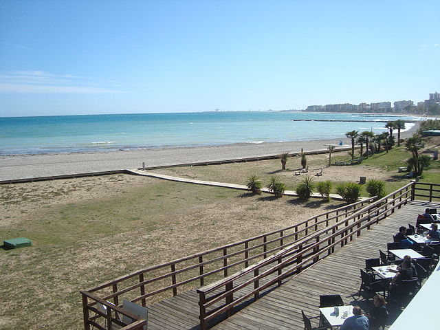 Playa dels Terrers en la costa valenciana