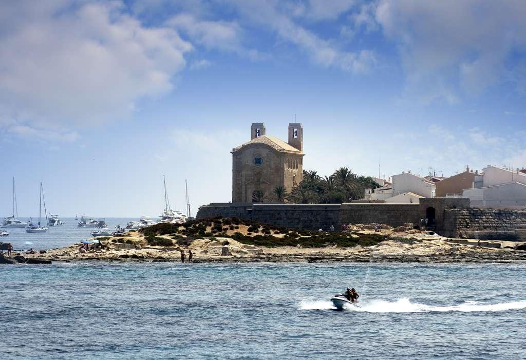 La isla de Tabarca, un pequeño paraíso mediterráneo