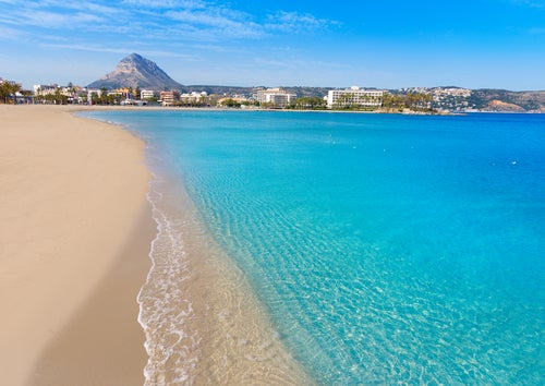 Playa de El Arenal en la costa valenciana