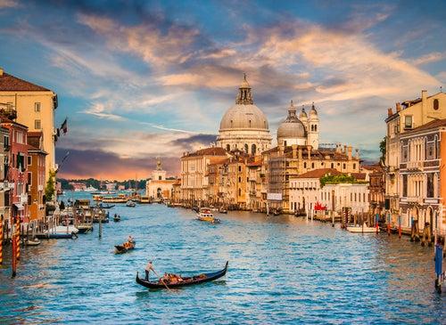 Vista desde el Puente de la Academia de Venecia
