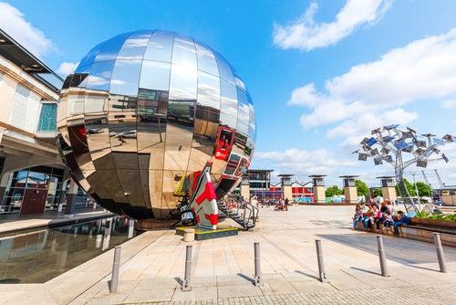 Plaza del Milenio de Bristol