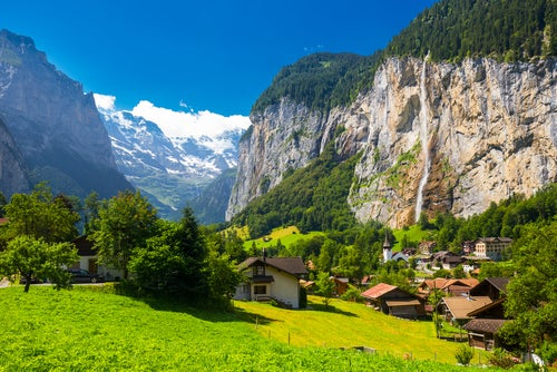 Un viaje por los pueblos de Suiza más increíbles